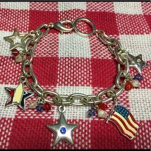 3/$20 Like new! 🇺🇸 & stars bracelet 💗 offers